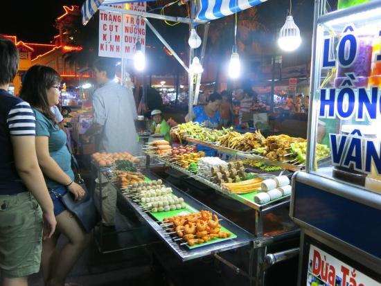 Chợ đêm Tây Đô Cần Thơ