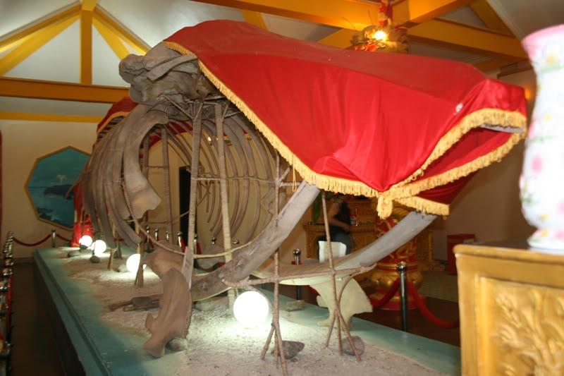 Du lịch Cà Mau khám phá Hòn Đá Bạc có niên đại 180 triệu năm