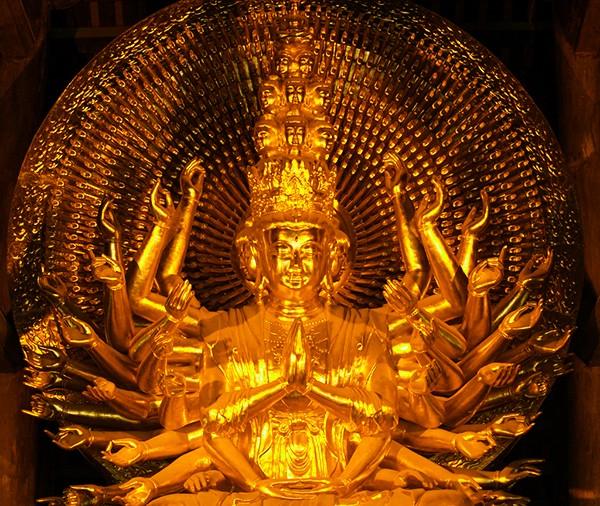 Tượng Phật Pháp Chủ Chùa Bái Đính