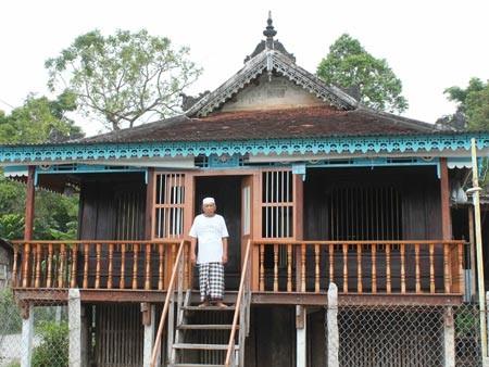 Kiến trúc nhà sàn người Chăm Châu Giang