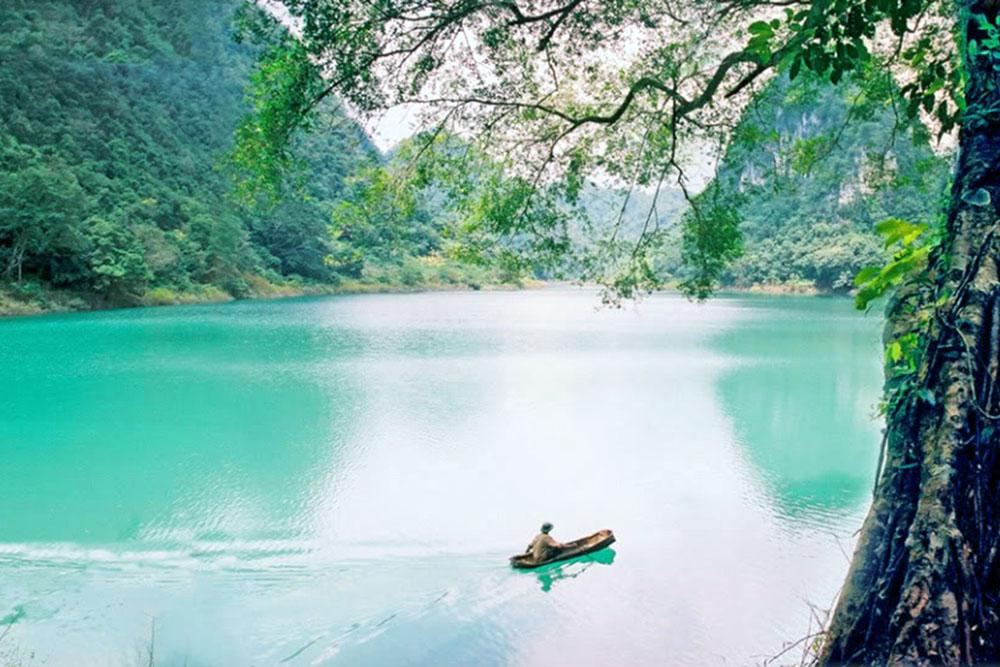 Kết quả hình ảnh cho Thang Hen – hồ trên núi thơ mộng